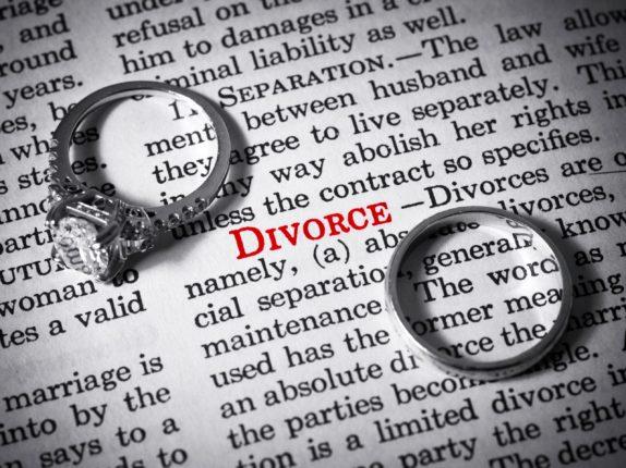 Establishing Guardianship Of Your Parents: Elder Lawyers Can Minimize The Family Feuds